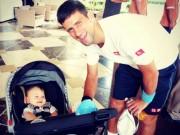 """Tin thể thao HOT 5/8: """"Djokovic nên yên phận ở nhà trông con"""""""