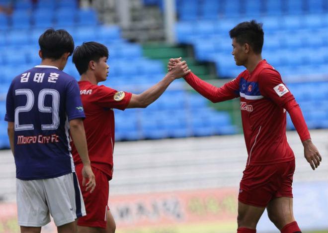 Vì sao U23 Việt Nam đá giao hữu giữa trưa? - 1