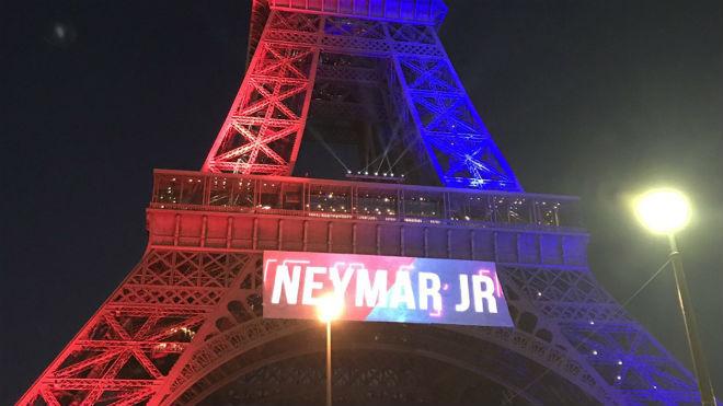 """Có Neymar, fan PSG khiến sao Barca """"giận sôi máu"""" - 4"""