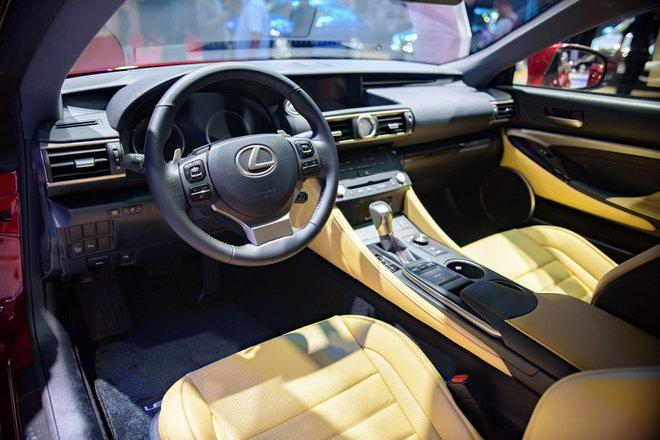 Lexus RC Turbo giá 2,98 tỷ đồng tại VMS 2017 - 4