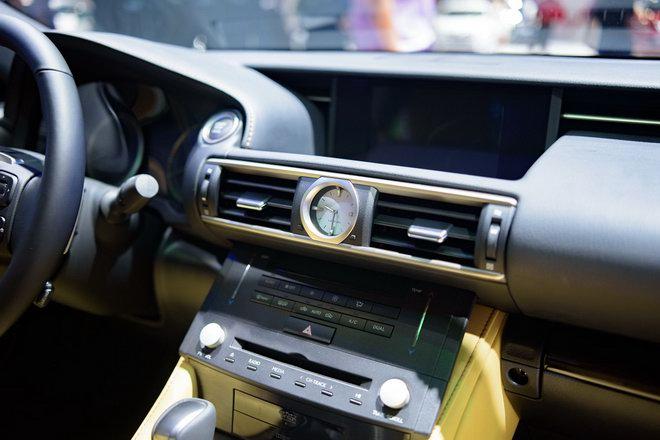 Lexus RC Turbo giá 2,98 tỷ đồng tại VMS 2017 - 6