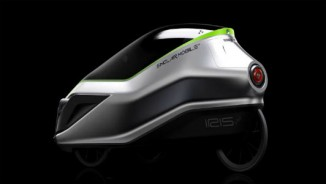 Môtô điện IRIS eTrike tiện lợi như ôtô con