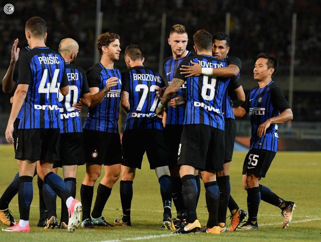"""Inter Milan - Villarreal: Ngất ngây siêu phẩm """"karate"""" - 1"""