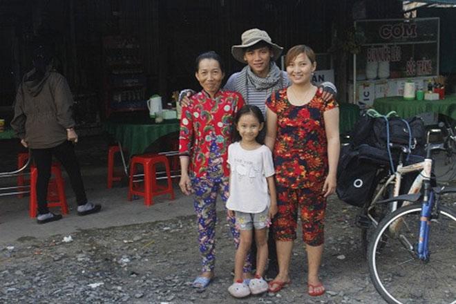 9X đạp xe xuyên Việt: Đi để thấy cuộc đời đáng sống - 2