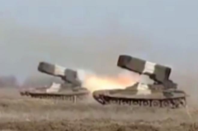 Nga phô diễn sức mạnh vô địch của tên lửa phóng loạt - 2