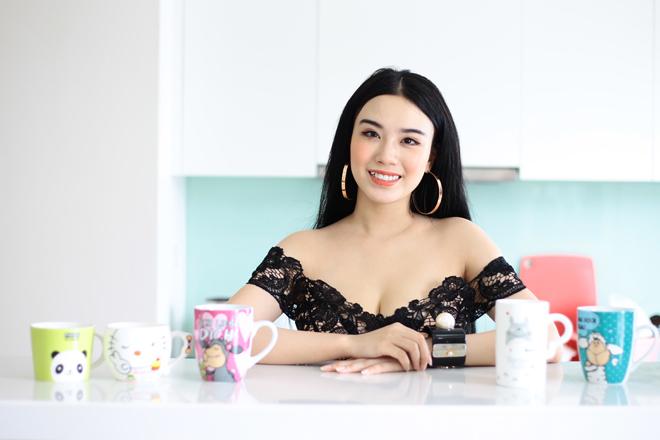 Linh Miu mặc váy ngủ nhảy sexy trong nhà 4 tỷ mới tậu - 1