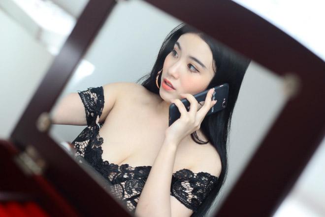 Linh Miu mặc váy ngủ nhảy sexy trong nhà 4 tỷ mới tậu - 13