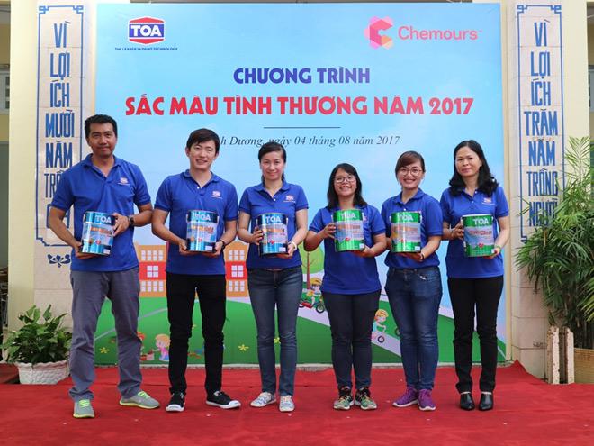 """Sơn TOA Việt Nam tiếp tục lan tỏa """"Sắc màu tình thương"""" - 1"""