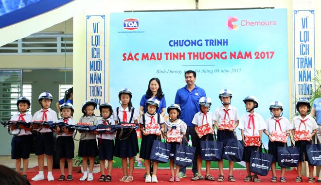 """Sơn TOA Việt Nam tiếp tục lan tỏa """"Sắc màu tình thương"""" - 5"""