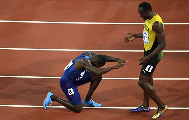 """Usain Bolt """"bay đêm"""": Bạn gái nóng bỏng """"nuông chiều"""", sức đâu mà chạy - 3"""