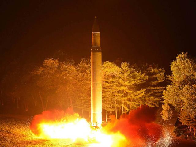Bị siết đủ đường, Triều Tiên còn gì để trừng phạt? - 2