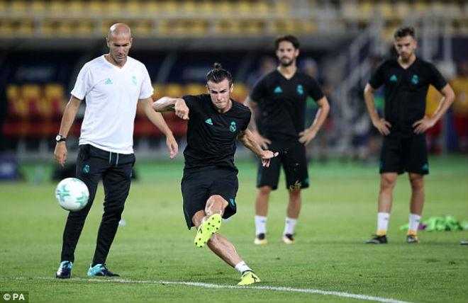 """Mourinho nhắn tin """"gạ gẫm"""" Bale & chiêu trò giúp MU quyết thắng Real - 2"""