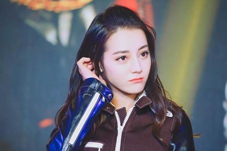 """Địch Lệ Nhiệt Ba: """"Hoa tuyết Tân Cương"""" xinh đẹp của màn ảnh Hoa ngữ - 2"""