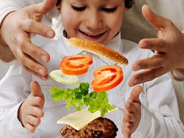 Tác dụng phụ ít biết của tương cà chua gây hại cho trẻ - 5