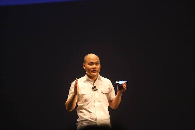 """Những phát ngôn """"chất"""" của Nguyễn Tử Quảng tại sự kiện Bphone 2017 - 1"""