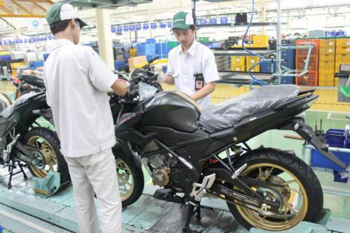 Honda CB150R Streetfire màu mới thể thao, giá 46,2 triệu đồng - 1