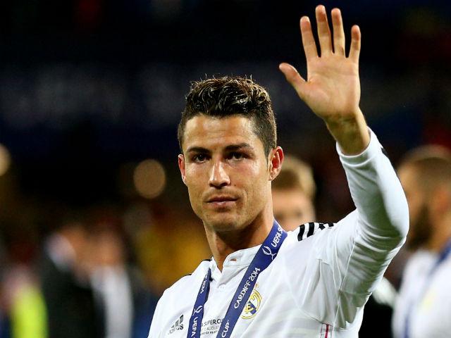 Ronaldo 32 tuổi đắt hơn Neymar: Real thách MU 300 triệu euro