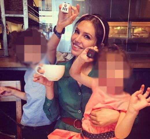 Tỉ phú nước Nga li dị vợ, mất trăm triệu USD bồi thường - 3