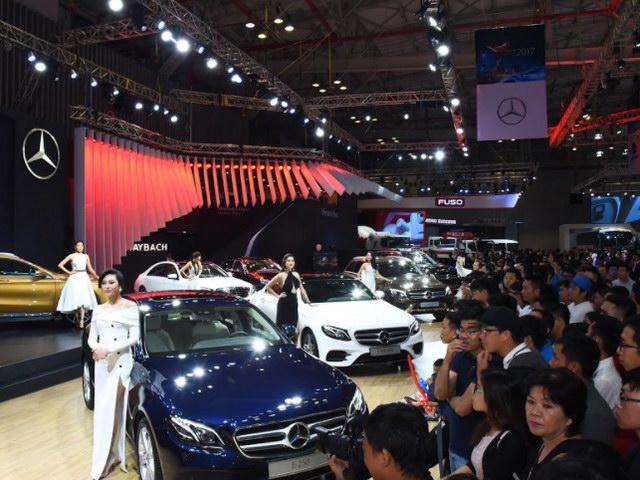 Hơn 150 nghìn lượt khách tham quan Triển lãm ô tô Việt Nam 2017 - 1