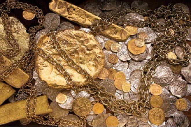 Người nông dân Mỹ bỏ nghề tìm được kho báu 40 tấn vàng bạc - 1