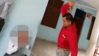 Ấn Độ: Hiệu trưởng đánh đập dã man học sinh