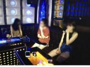 """An ninh Xã hội - Hàng chục """"dân chơi"""" bay lắc điên cuồng trong quán karaoke ở Hà Nội"""