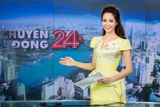 """4 MC đẹp hơn hoa hậu đang """"chiếm sóng"""" VTV - 1"""