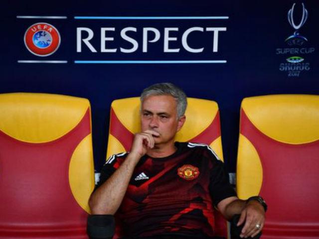 """Góc chiến thuật Real – MU: Mourinho sập bẫy Zidane """"cáo già"""""""