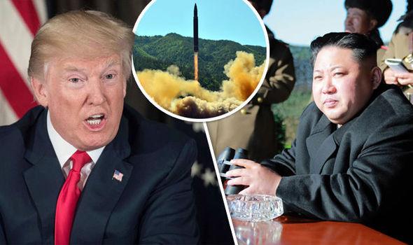 Bị Trump đe dọa, Triều Tiên cân nhắc dùng tên lửa Hwasong-12 nghiền nát Guam - 1