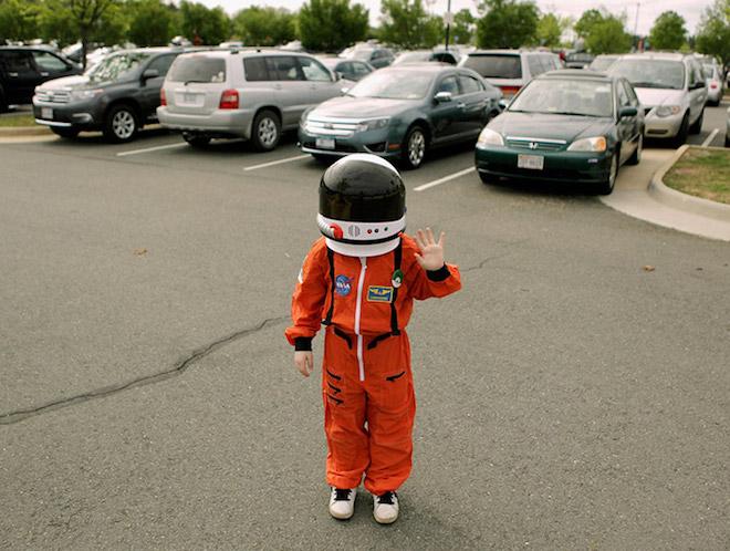"""Cậu bé 9 tuổi xin làm """"vệ binh dải ngân hà"""" ở NASA và cái kết - 1"""