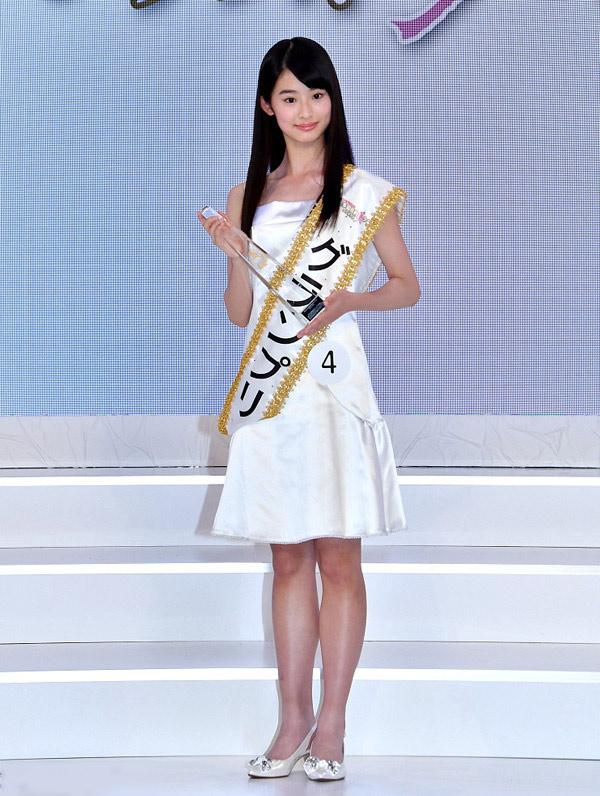 Bằng tuổi Phương Mỹ Chi, cô gái này đã là Thiếu nữ quốc dân Nhật Bản - 1