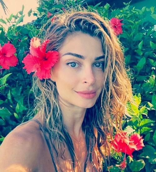 """Sự thực vụ Top 3 Hoa hậu Brazil 2004 """"mây mưa"""" nơi công cộng - 10"""