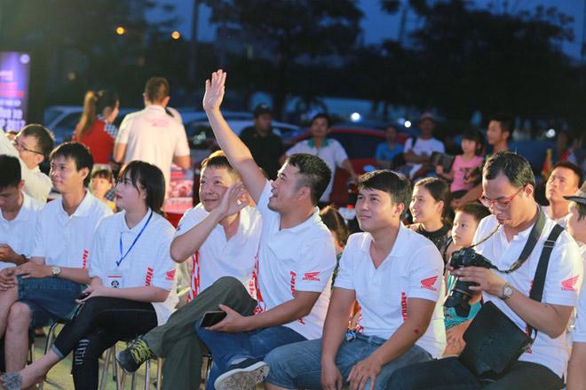 Cuồng nhiệt cùng giải đua MotoGP tại thành phố Hải Phòng - 1