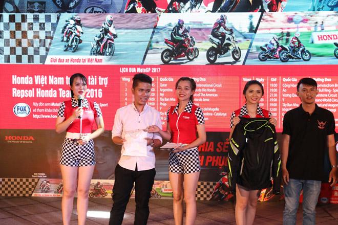 Cuồng nhiệt cùng giải đua MotoGP tại thành phố Hải Phòng - 2