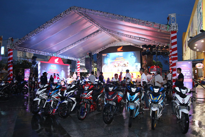 Cuồng nhiệt cùng giải đua MotoGP tại thành phố Hải Phòng - 3