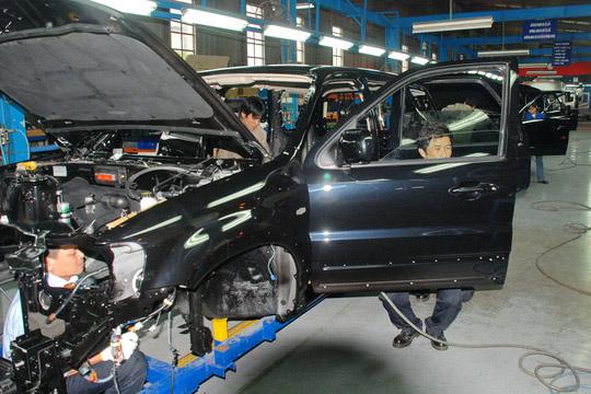 Khó giảm giá ô tô trong nước - 1