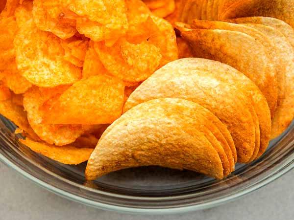 Những thực phẩm gây ung thư cần tránh càng xa càng tốt - 1
