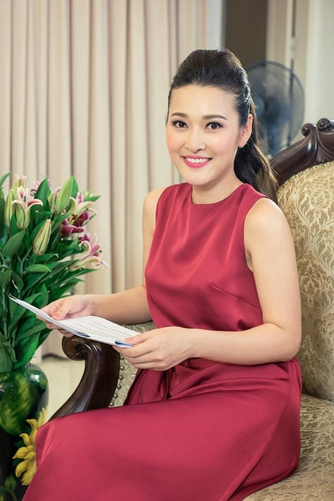 MC Lê Thùy Linh thế chỗ Đan Lê, làm vợ của 'Phan Hải' Việt Anh - 4