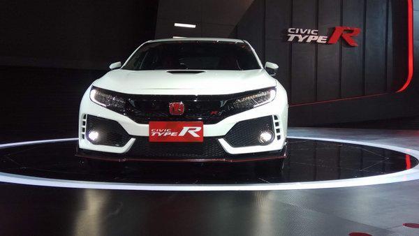 Honda Civic Type R giá từ 1,69 tỷ đồng ở Đông Nam Á - 3