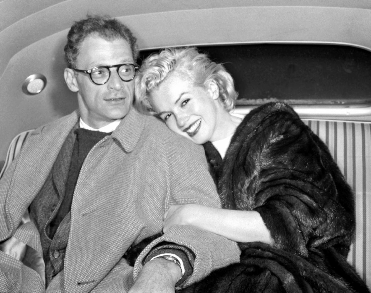 """Đêm cuối của """"quả bom sex"""" Marilyn Monroe bên ông trùm sừng sỏ nhất nước Mỹ - 3"""