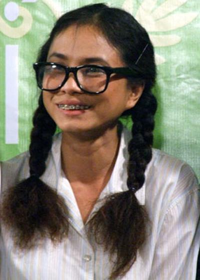 Choáng với tạo hình răng vẩu, ngọng líu lô của các người đẹp màn ảnh Việt - 7