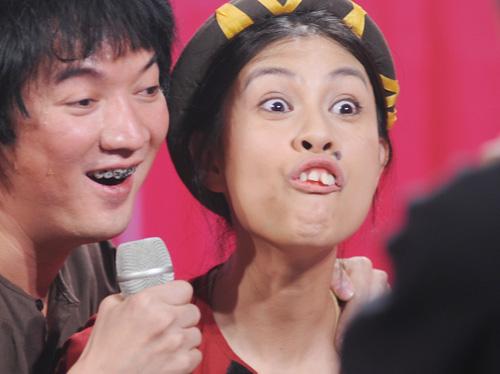 Choáng với tạo hình răng vẩu, ngọng líu lô của các người đẹp màn ảnh Việt - 8