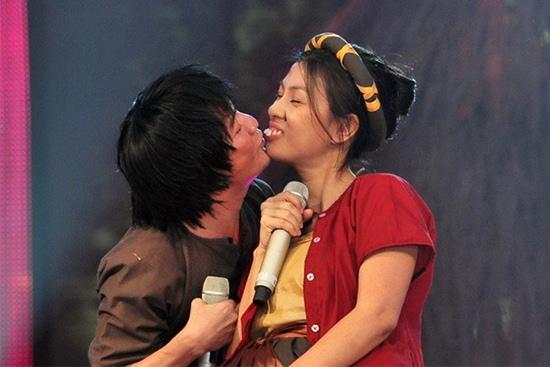 Choáng với tạo hình răng vẩu, ngọng líu lô của các người đẹp màn ảnh Việt - 9