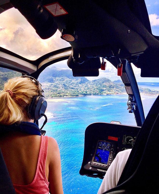 """Nữ phi công thất nghiệp """"gây bão"""" trên Instagram - 1"""
