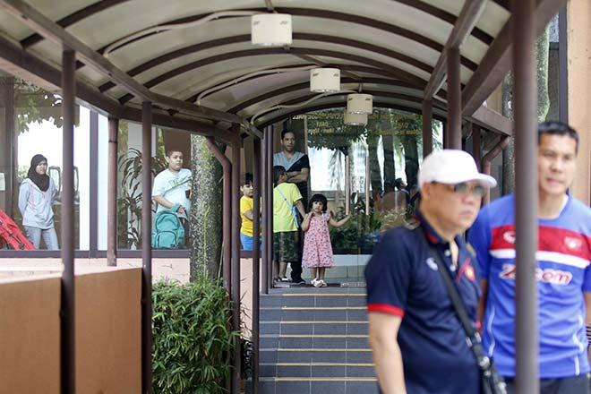 U22 Việt Nam được bảo vệ như siêu VIP ở Malaysia - 6