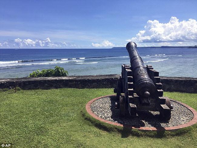 Cảnh thư nhàn ở đảo Guam giữa lúc Triều Tiên dọa tấn công - 9