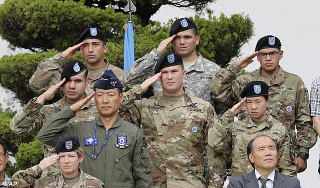 Cảnh thư nhàn ở đảo Guam giữa lúc Triều Tiên dọa tấn công - 8