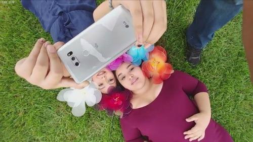 LG V30 là smartphone có camera có khẩu độ rộng nhất hiện nay - 1