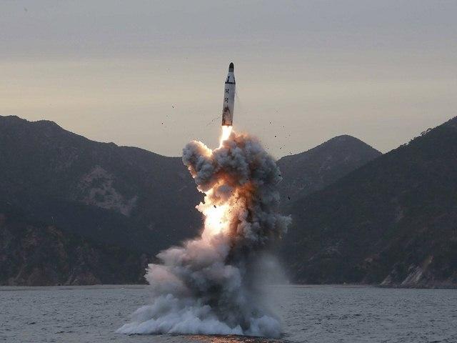 Bắn tên lửa Triều Tiên, Mỹ được và mất gì? - 1