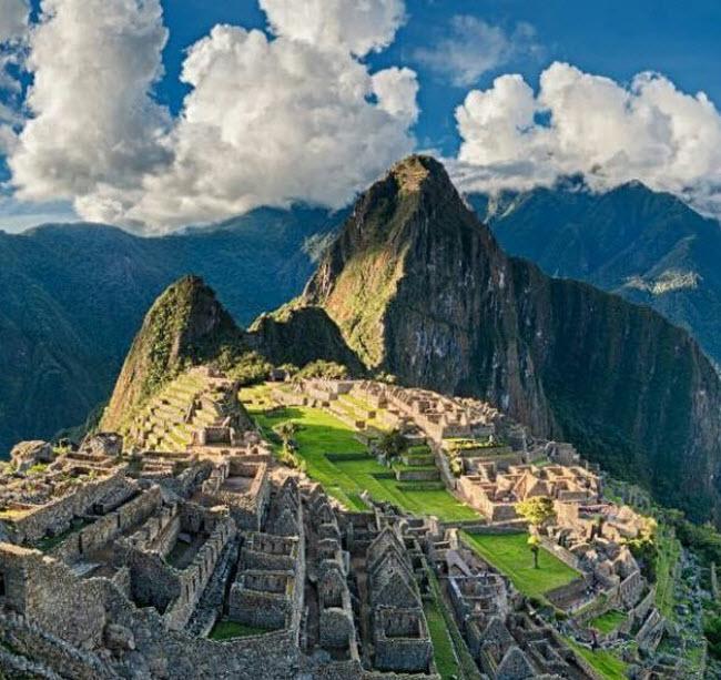 Những điểm du lịch nổi tiếng bị đe dọa vì quá đông du khách - 5